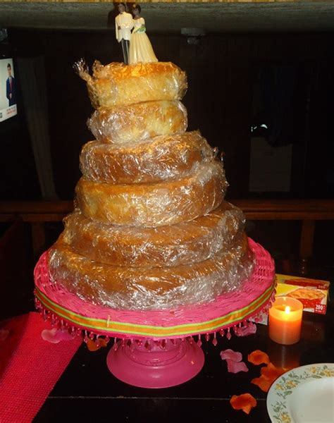 my st ever diy wedding cake and diy cake stand