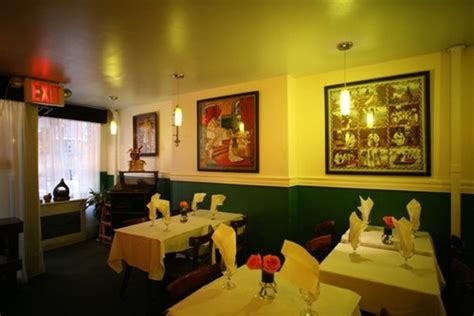 need help choosing a color for my restaurant