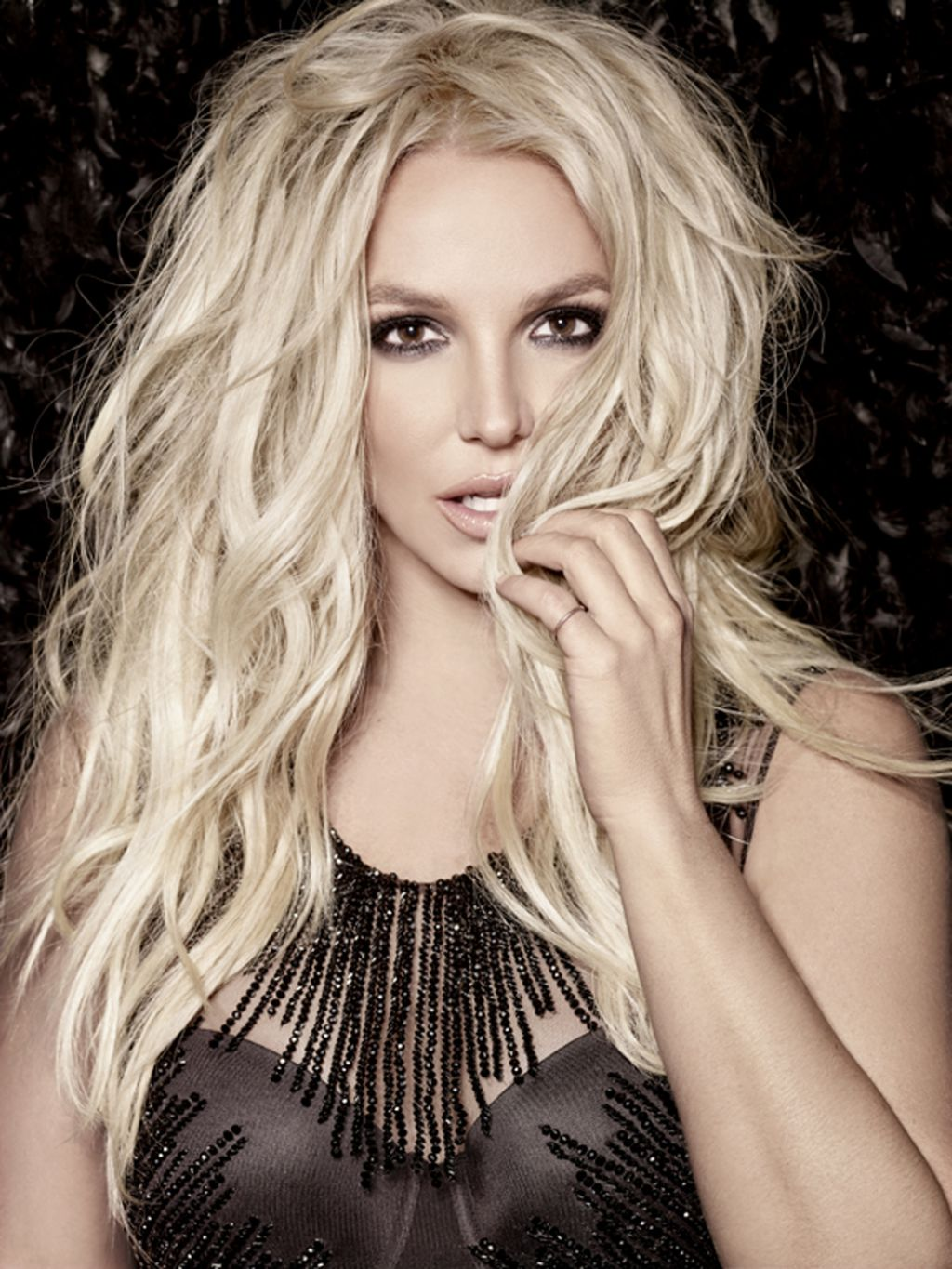 britney-spears-photoshoot-piece-of-me-20