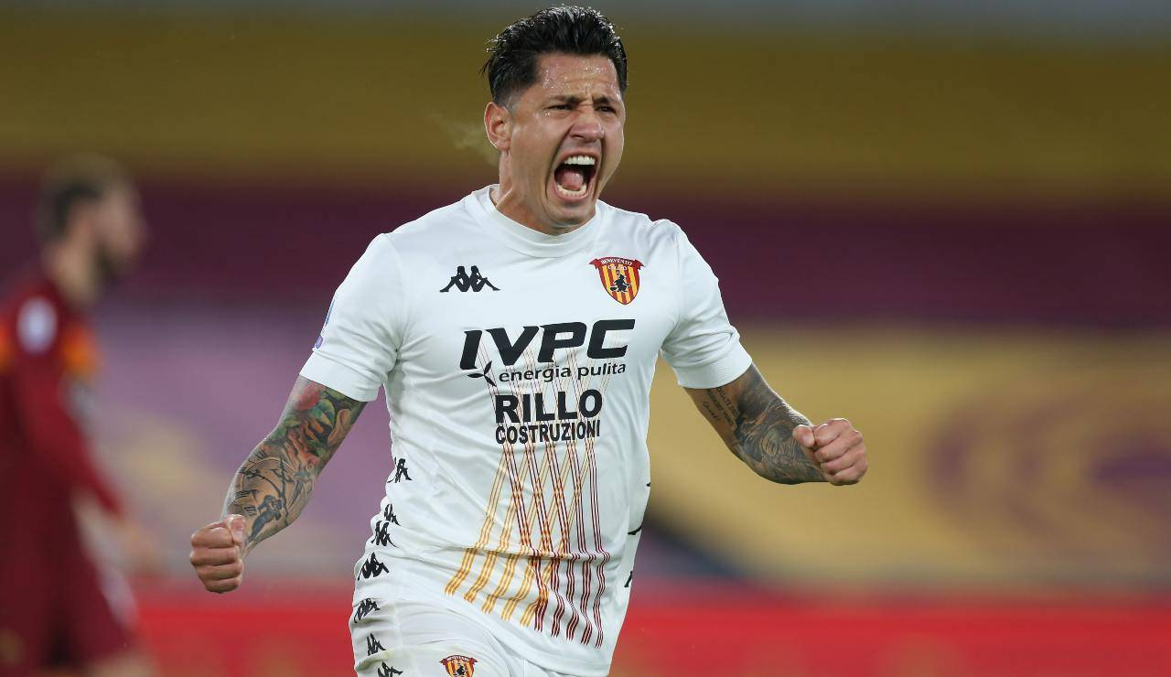 Expediente: Trayectoria de Lapadula > Conoce el camino de Lapadula en sus clubes, mejores goles y más.