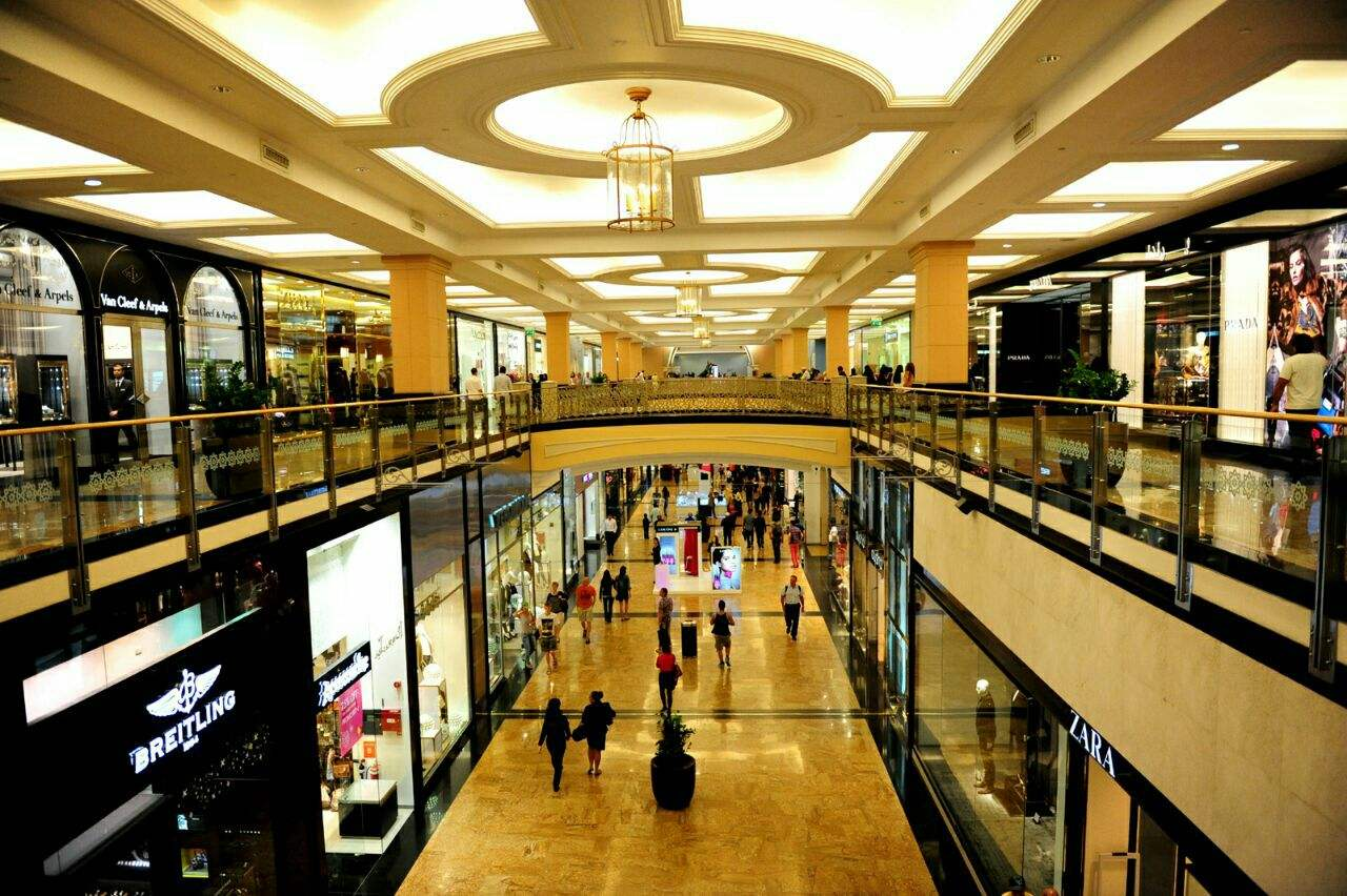 shopping-department-store