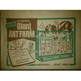 Uncle Milton's Plastic Deluxe Giant Ant Farm With Original Box Green