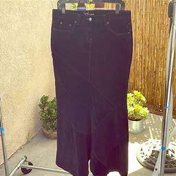 Bebe Skirts | Bebe Long Soft Corduroy Skirt. | Color: Black | Size: 31