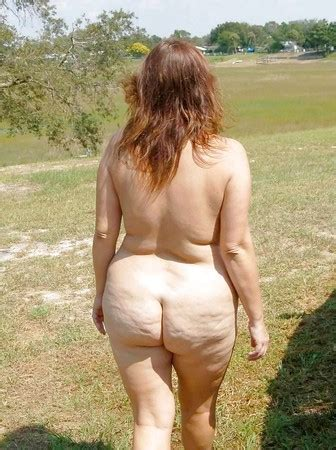 Amateur Mature Nude Butts Outdoors