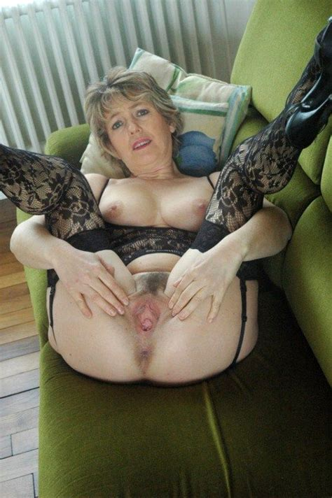 Amateur Nude Older Women