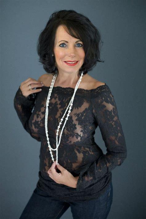 Beautiful Older Mature Nude Women HD