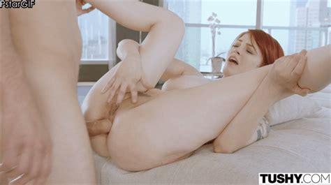 Bree Daniels Nude GIF