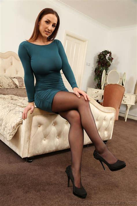 Brunette Milf Stockings