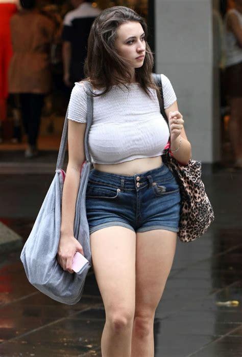Curvy Nude Amateur BBW