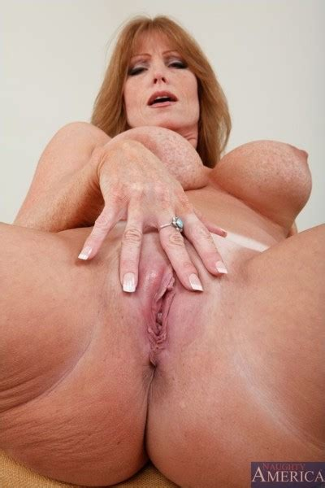 Darla Crane Nude Naked