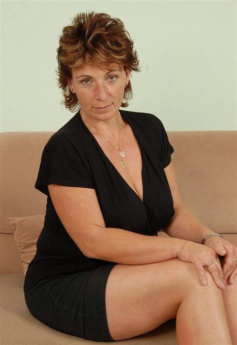 Hairy Mature Women Nude