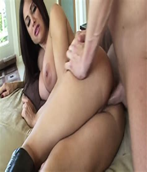 HD Busty Porn