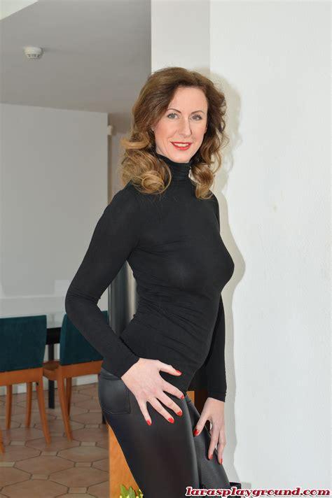 Horny Older Women Nude
