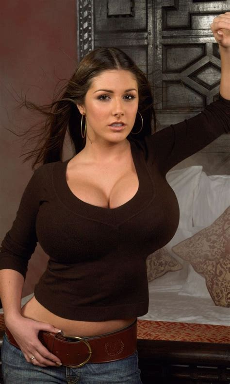 Hot Natural Busty Nudes