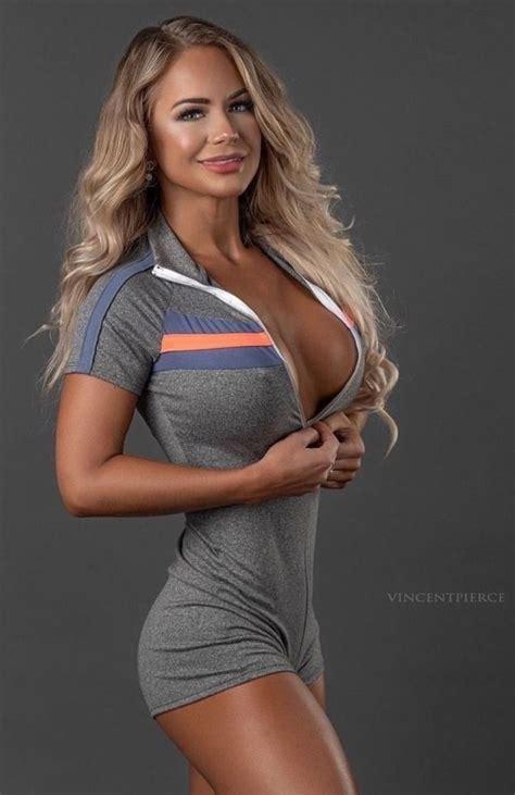 Hot Nude Women