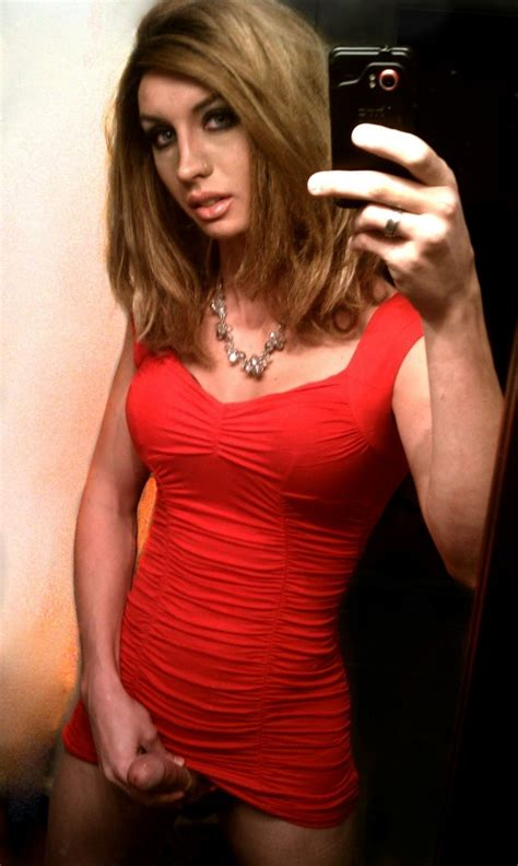 Hot Sexy Naked Shemale