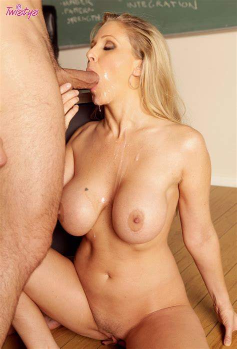 Julia Ann Nude Porn