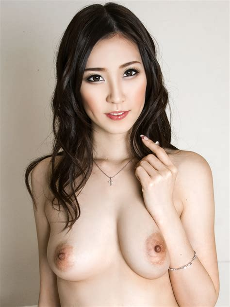 Kotone Amamiya Nude