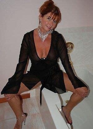 Mature Full Nude