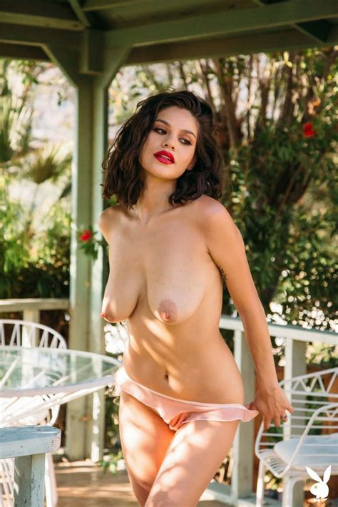 Milf Nude Naked Tits