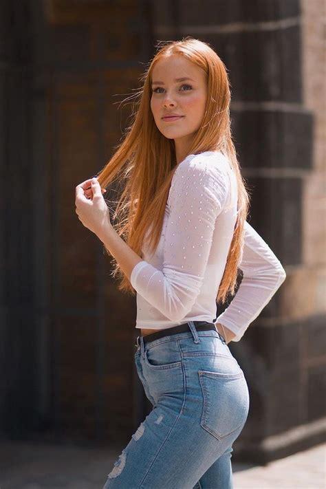 Naked Horny Big Tits