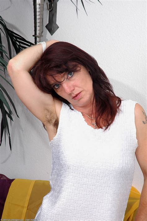 Natural Hairy Nudes