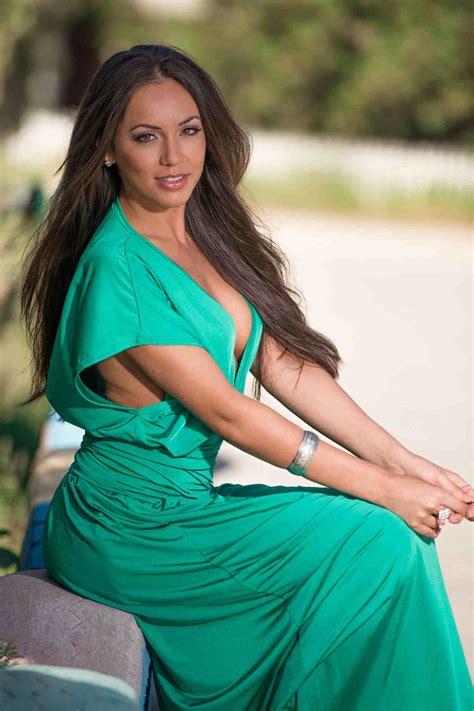 Oiled Erotic Nudes