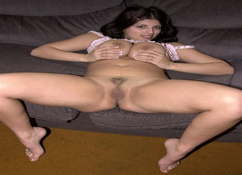 Older Nude Women Spreading