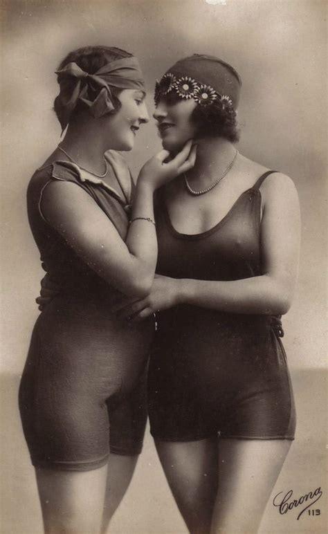 Older Nudes Erotica Lesbian