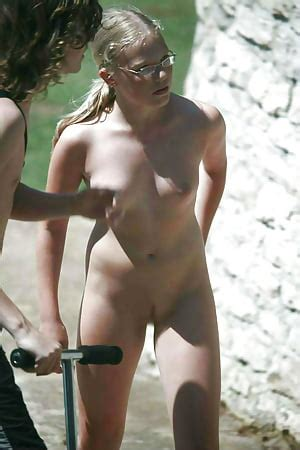 Only Real Nude Amateurs