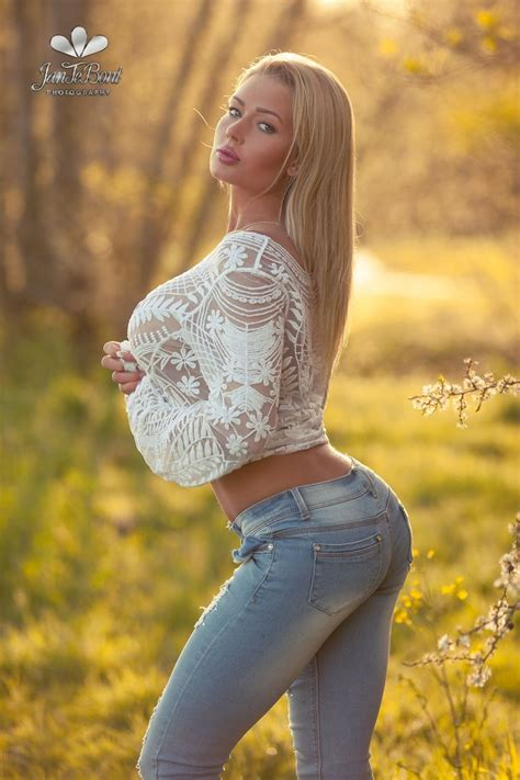 Perfect Naked Blonde Boobs