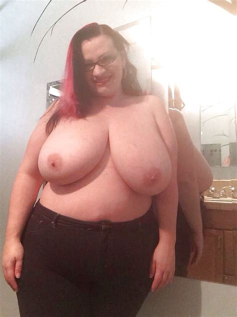 Real Amateur Nude BBW Woman