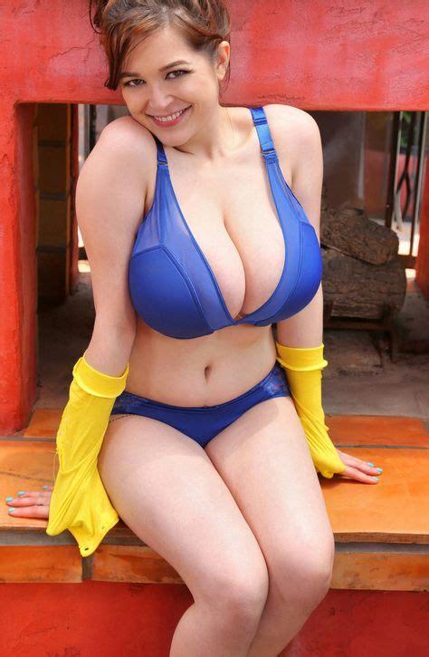 Real Curvy Mature Nude Women