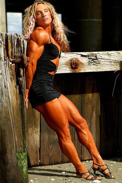 Sexy Female Muscle Sex