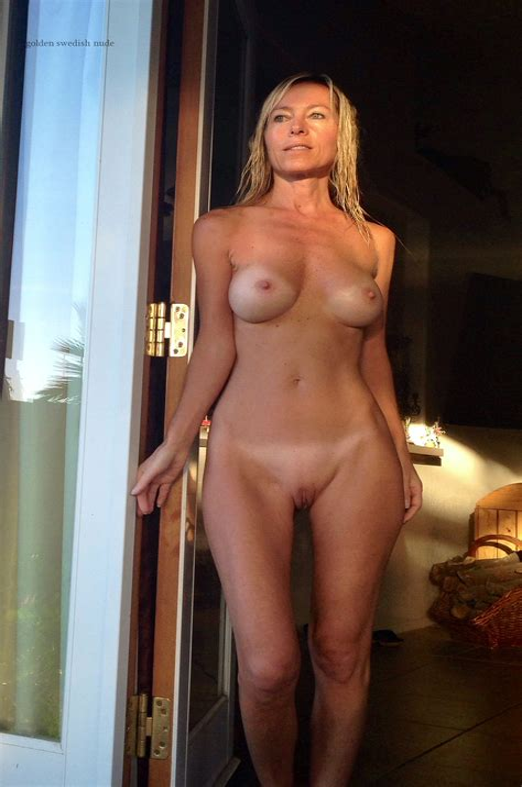 Sexy Naked Amateurs