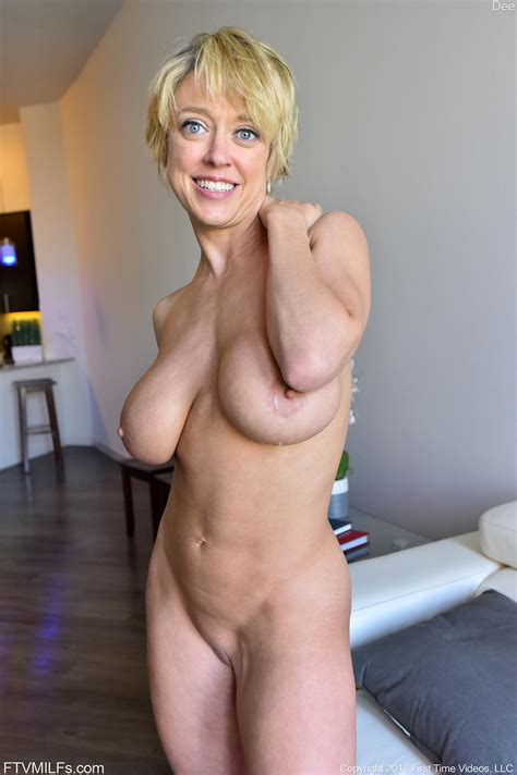 Short Busty Nude Milfs