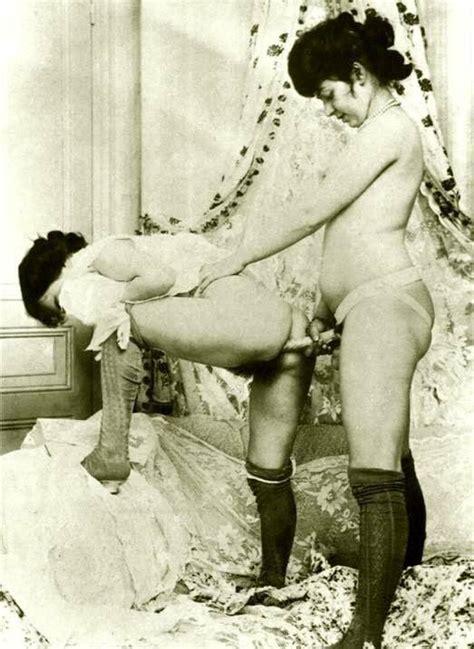 Vintage Nude Art Sex
