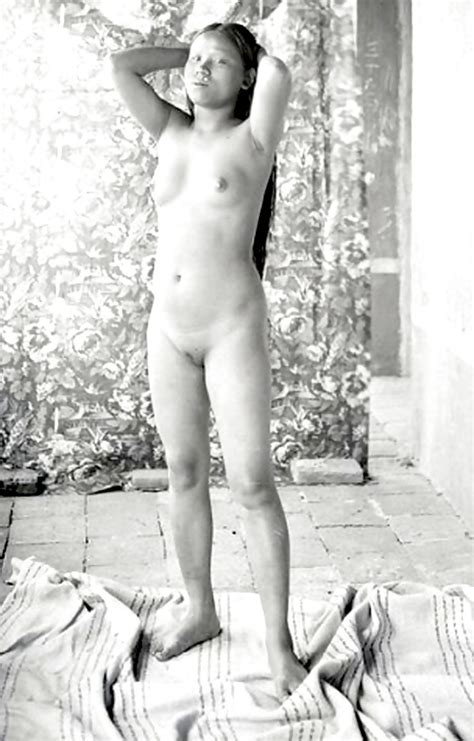 Vintage Nude Photography