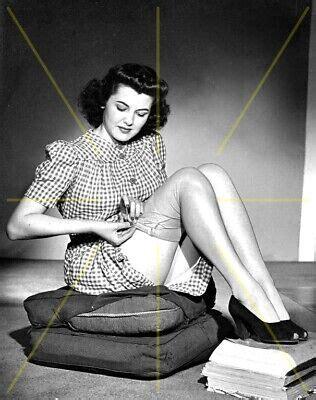 Vintage Nude Women Stars