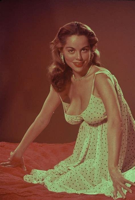 Vintage Porn Beauties